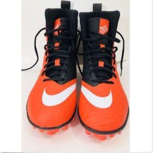 Nike Force Savage Varsity High Top Football Cleat